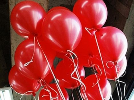 metalik-kirmizi-balon