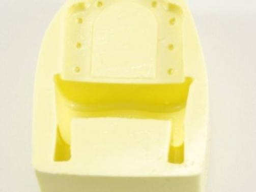 makyaj-masasi-sifonyer-seklinde-silikon-kokulu-tas-ve-sabun-kalibi-a38948-320x320